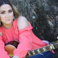 Barefoot Bands in the Park: Hannah Kay