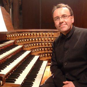 Organist David Briggs in Concert